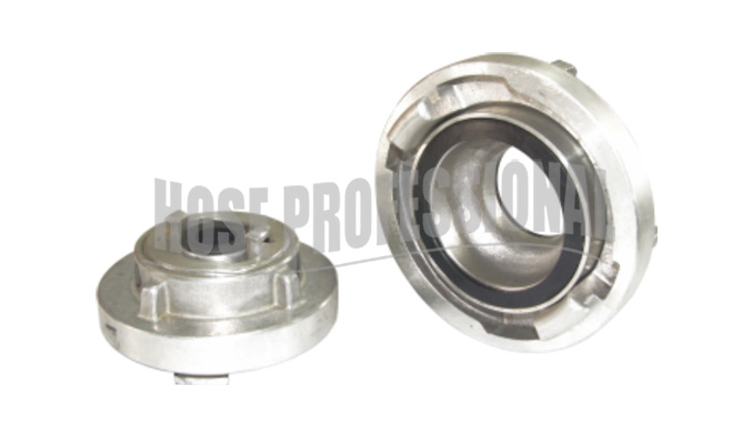 STORZ COUPLING WITH REDUCER